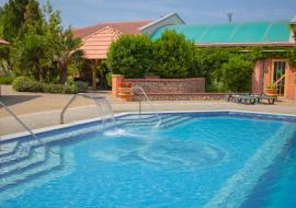 Гостиница Омега - Гостиница в Севастополе с бассейном