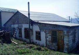 Продам частный дом в Алуште с.Лучистое Участок 5,5сот.гос.акт